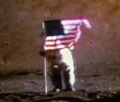 Είναι δυνατόν να κυματίζει η σημαία (ακόμα και η Αμερικάνικη) εκεί που δεν υπάρχει αέρας;;;;;;