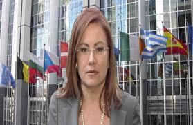 Νόμο για τα μπλογκ ζητάει η Μ. Σπυράκη