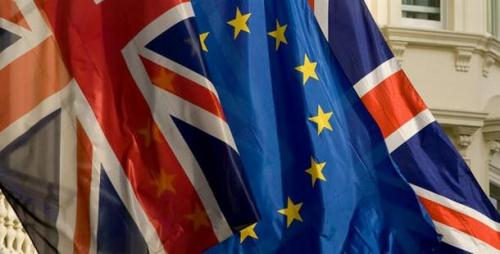 Σημαίες_βρετανική_ΕΕ_1811111417198655