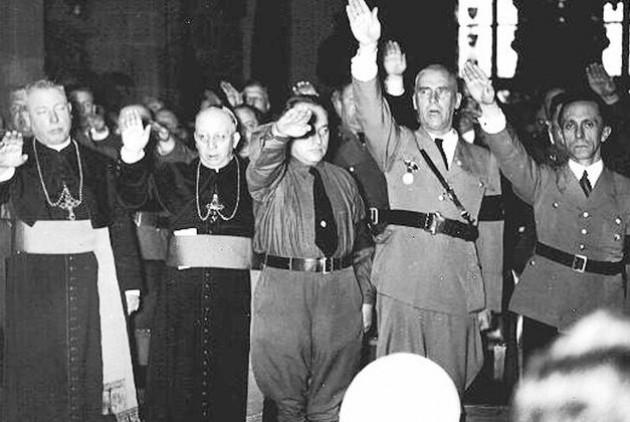 katholiki_ekklisia-nazi